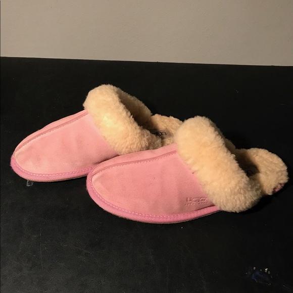 b0e49c8df25 UGG Seashell Pink Scuffette Slippers